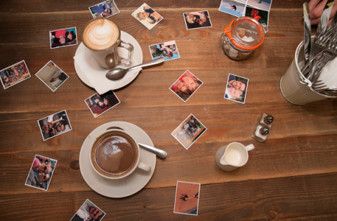 Blogging assignment: Product Review for Personalised Photo Magnets (Worldwide bloggers)