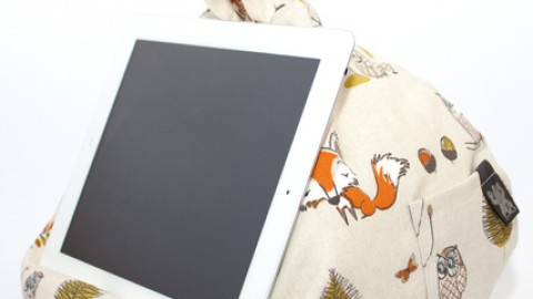 Blogging assignment: UK bloggers wanted to review new universal iPad & tablet stand!