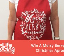 UK Giveaway: Win A Merry Berry Christmas Apron – Closes 10/31/2016