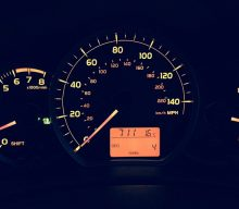 Blogging assignment: Promote an infographic related to car dashboard lights (UK bloggers)