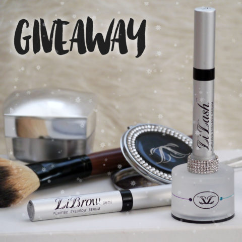 Giveaway: Win one of 3 LiLash sets to get on a journey to long curled natural lashes – Closes 12/24/2016