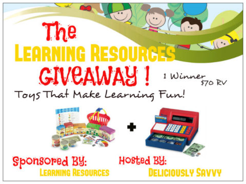 Blogger @easterchic US Giveaway: Enter to WIN a Learning Resources a Pretend & Play Calculator Cash Register plus a Smart Market – Closes 05/20/2017