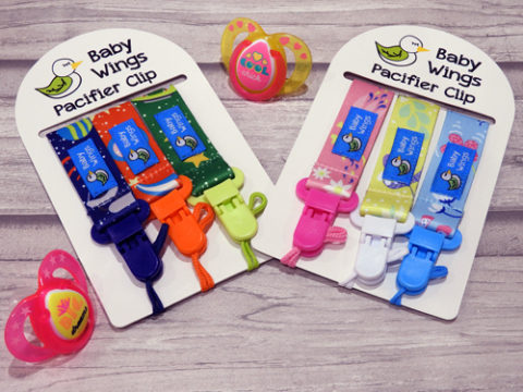 Blogger @the_grumpy_mum UK Giveaway: Baby Wings Dummy Clips – Closes Closes 10th Aug 2017
