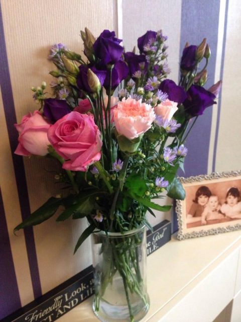 Blogger @carersperspec UK Giveaway: Win a Beautiful Bouquet Of Flowers – Closes 10/31/2017