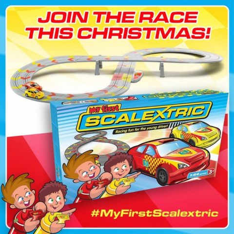 Blogger @etspeaksfrom UK Giveaway: My First Scalextric worth £39.99 – Closes 10/19/2017