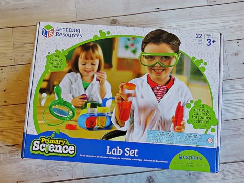 Blogger @PickleandPoppet UK Giveaway: Learning Resources Primary Science Lab – Closes 10th Dec 2017
