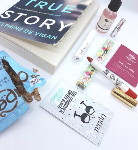 Blogger @Blueeyesrock UK Giveaway: Win March's Pink Parcel – Closes 31/03/2018