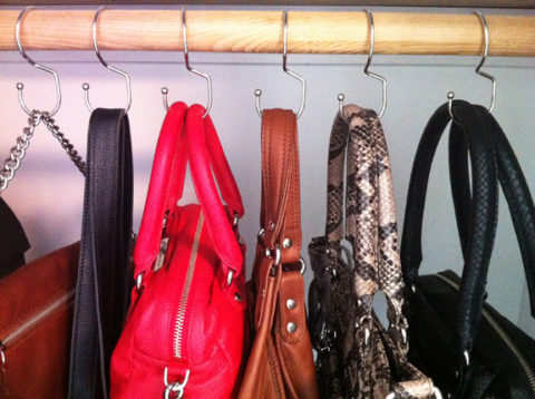 US & Canadian blogging assignment: Introducing the Tote Hanger.  Hang your Handbags. Closes 1st Aug 2019